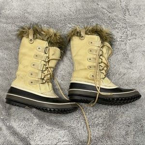 Sorel Joan of Artic Boots